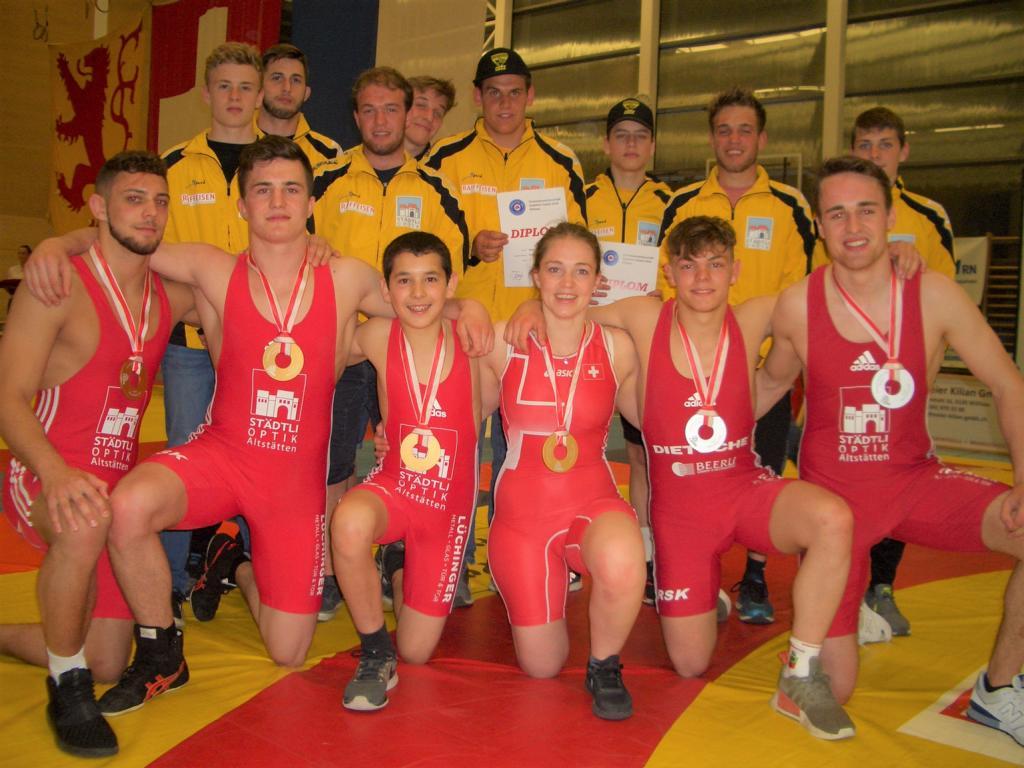 12 Medaillen an der Doppel-SM für RS Kriessern